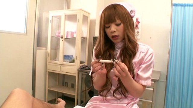 綾咲さやか NHナースが患者のアナルもチンポも好き放題弄ぶ動画