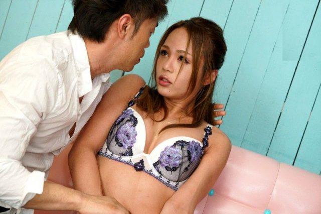 桜華ユリア ニューハーフ美女が乱交セックスでケツマンコを犯される動画