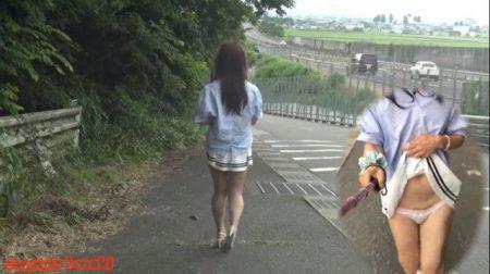 変態女装子が野外露出しながら自撮りオナニーwww 画像